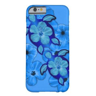 Blauer Hibiskus und Honu Schildkröten Barely There iPhone 6 Hülle
