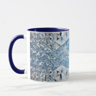 Blauer Himmel in den Kristallen Tasse