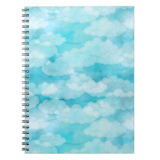 Blauer Himmel, weiße Wolken, Cloudscape, bewölkter Notizblock