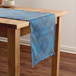 blauer hölzerner Hintergrund Kurzer Tischläufer