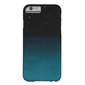 Blauer Mitternachtsnächtlicher Himmel Barely There iPhone 6 Hülle