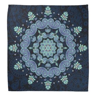 Blauer Paisley-Kaleidoskoppastellbandana Halstuch