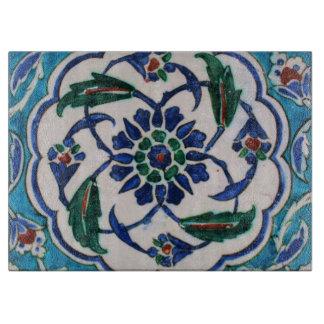 Blauer und weißer BlumenOsmaneära-Fliesenentwurf Schneidebrett