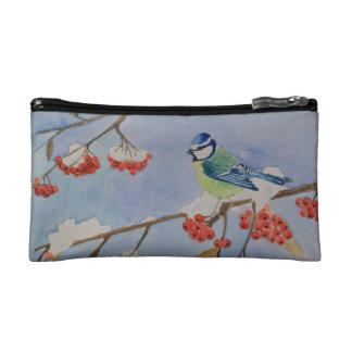 Blauer Vogel auf einem Eberesche-Baumast Makeup-Tasche
