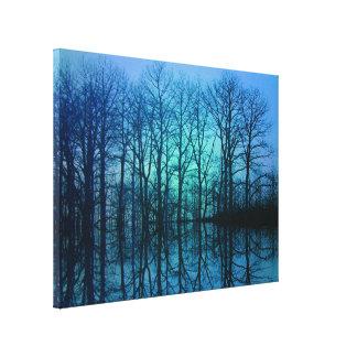 Blauer Wald Gespannte Galeriedrucke