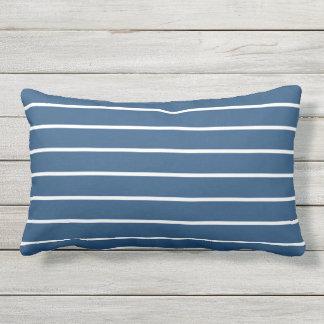 Blauer weißer Streifen-klassischer Seeentwurf Zierkissen