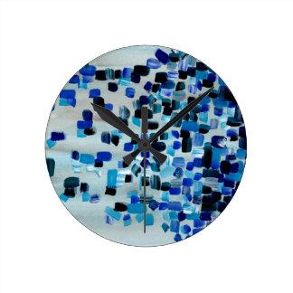 Blaues aquamarines abstraktes runde wanduhr