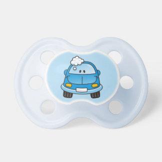 Blaues Auto mit Blasen Schnuller