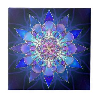 Blaues Blumemandala-Fraktal Kleine Quadratische Fliese