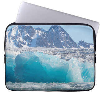 Blaues glaceir Eis, Norwegen Laptop Sleeve