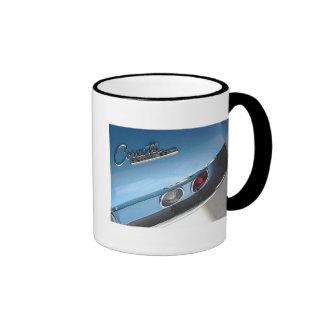 Blaues Sport-Auto Ringer Tasse