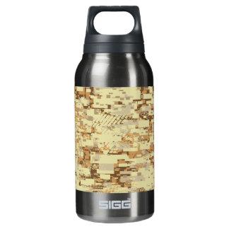 Blockwüstentarnung Isolierte Flasche