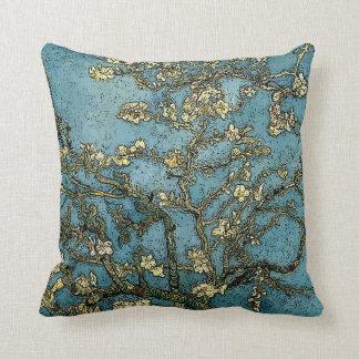 Blühender Schmutz des Mandelbaum-(Van Gogh) Kissen