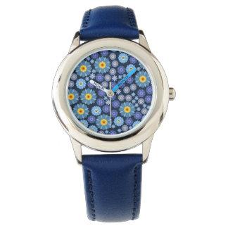 Blume im Blau Uhr
