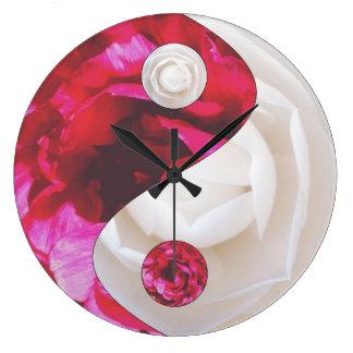 Blume Yin Yang Uhr