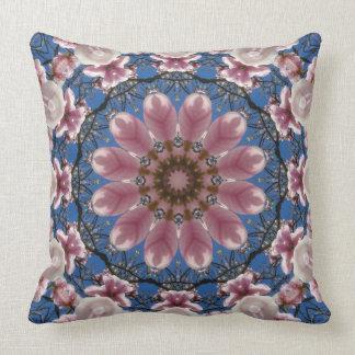 BlumeMandala, rosa Frühlingsblüten Kissen