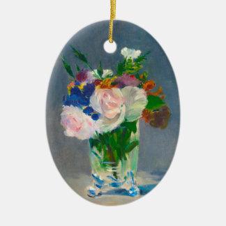 Blumen in einem Kristallvase durch Manet Ovales Keramik Ornament