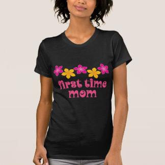 Blumenerstes Mal-Mamma T-Shirt