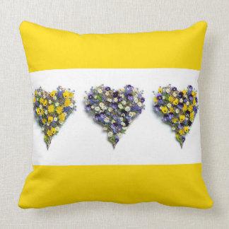 Blumenherzen Kissen