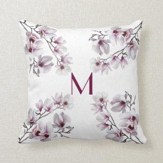 Blumenmonogramm des eleganten schicken rosa kissen