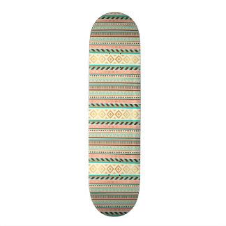 Boho Stammes- schickes geometrisches Skateboard
