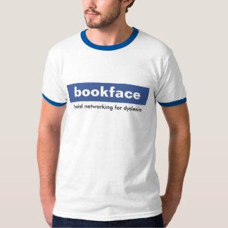 bookface. Sozialvernetzung für Personen mit T-Shirt
