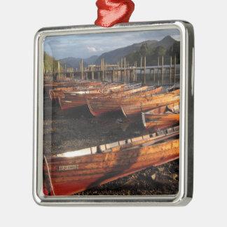 Boote auf Ufern der Derwentwater Metallverzierung Silbernes Ornament