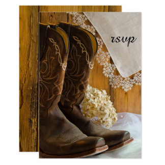 Bottes de cowboy et carte l'épousant occidentale