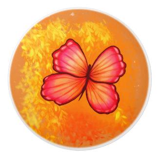 Bouton rose et orange vibrant de papillon
