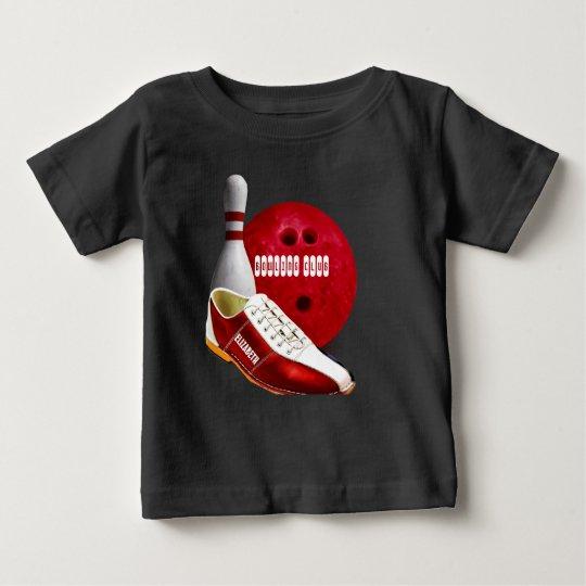 Bowlings-Ball-Schuh und Button mit Ihrem Baby T-shirt