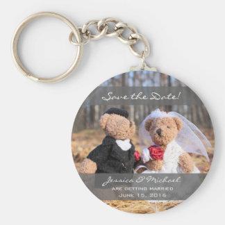 Braut-und Bräutigam-Bären, die Save the Date Standard Runder Schlüsselanhänger