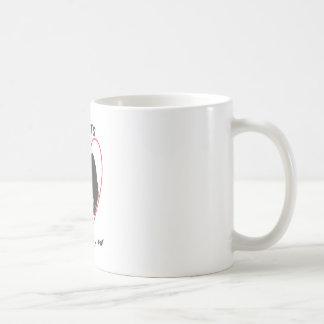 Briards sind die Herzen, die im Pelz eingewickelt Kaffeetasse
