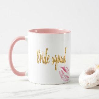 bride-squad-pink-kiss. tasse