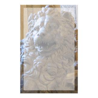 Briefpapier--Vatikan-Löwe mit Grenze Briefpapier