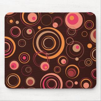 Brown/cercles espiègles de rose rétros tapis de souris