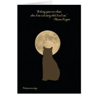 Brown-Katze, die den Mond betrachtet Grußkarte