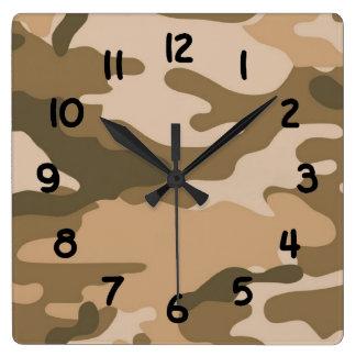 Brown-Tarnungsarmee-Camouflageschlafzimmer-Wanduhr Quadratische Wanduhr