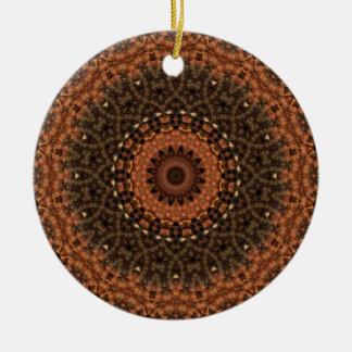 """Brown """"Weg im Holz"""" Mandala-Kaleidoskop Keramik Ornament"""