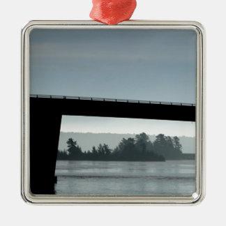 Brücke zu St- Josephinsel Silbernes Ornament