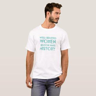 Brunnen benahm sich (1) T-Shirt