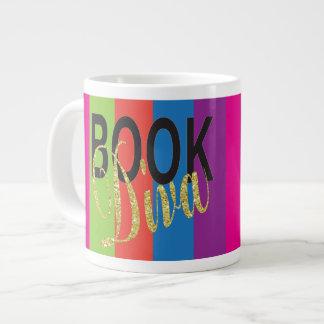 Buch-Diva-riesige Tasse mit buntem Hintergrund Jumbo-Tasse