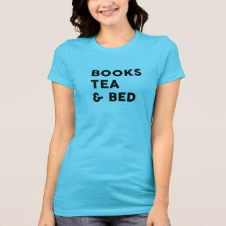 Bücher, Tee u. Bett