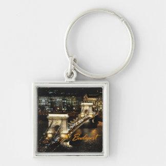 Budapest, die Kettenbrücke vom Buda Schloss Silberfarbener Quadratischer Schlüsselanhänger
