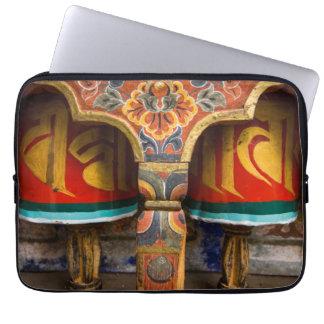 Buddhistische betende Rolle, Bhutan Laptop Sleeve