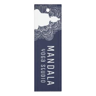 Budha und Mandala-Machthaber Lineal