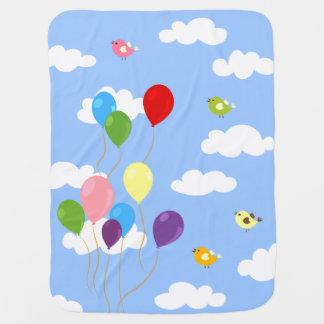 Bunte Ballone in der Himmel-Baby-Decke Baby-Decken