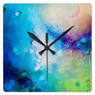 Bunte dekorative quadratische Uhr