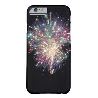 Bunte Feuerwerke Barely There iPhone 6 Hülle