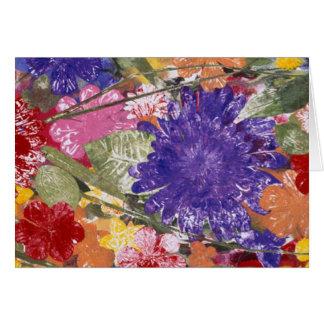 Bunte gepresste künstlerische Grußkarte der Blumen