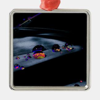 Bunte Wasser-Tropfen Quadratisches Silberfarbenes Ornament